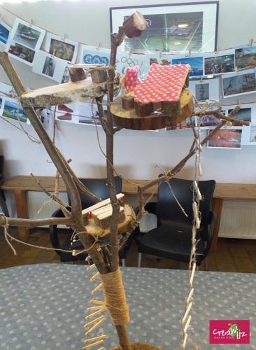 Creawijz mini boomhut tafel en stoel